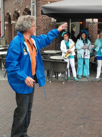 Piet Kroft geeft uitleg326